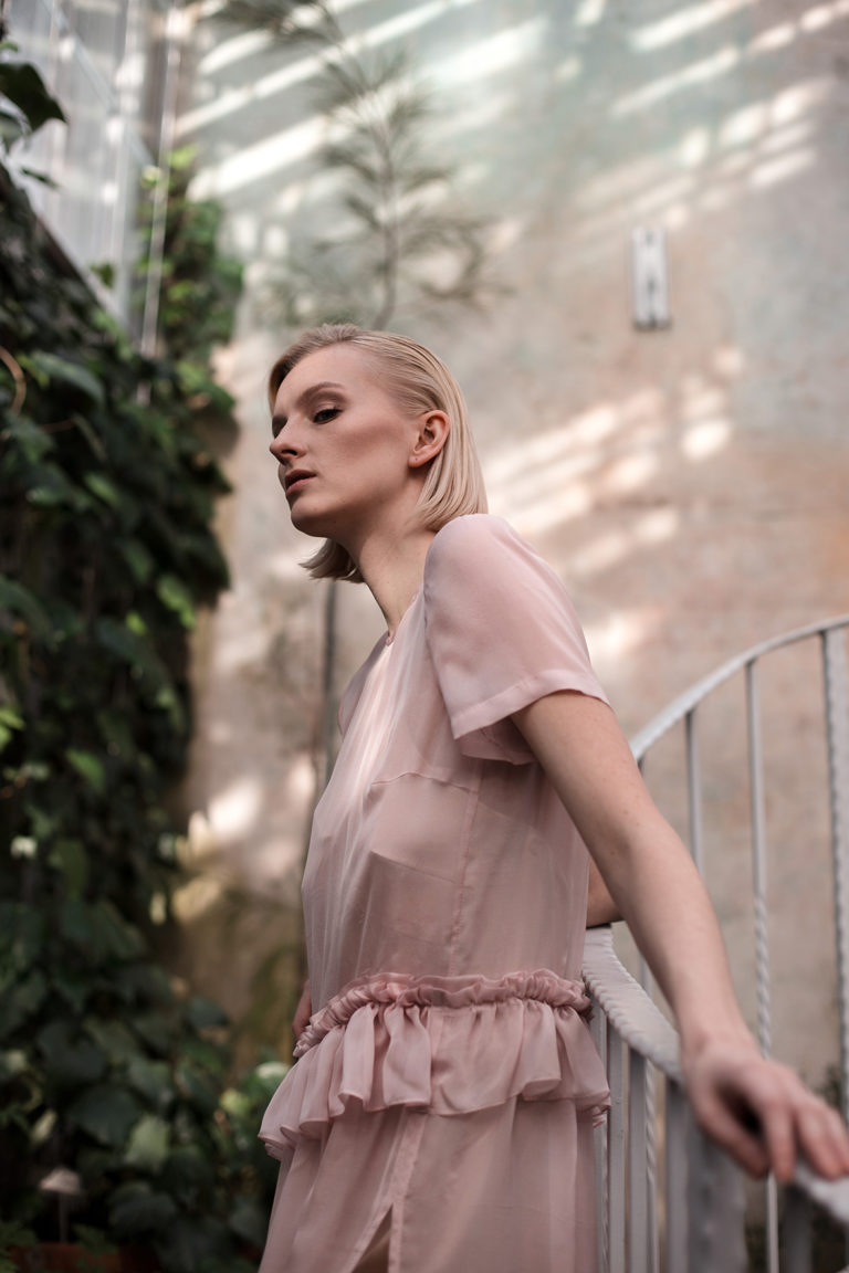 Blush Chiffon Dress with Ruffle Picture Mirella Penttilä MUAH Adelina Qhair