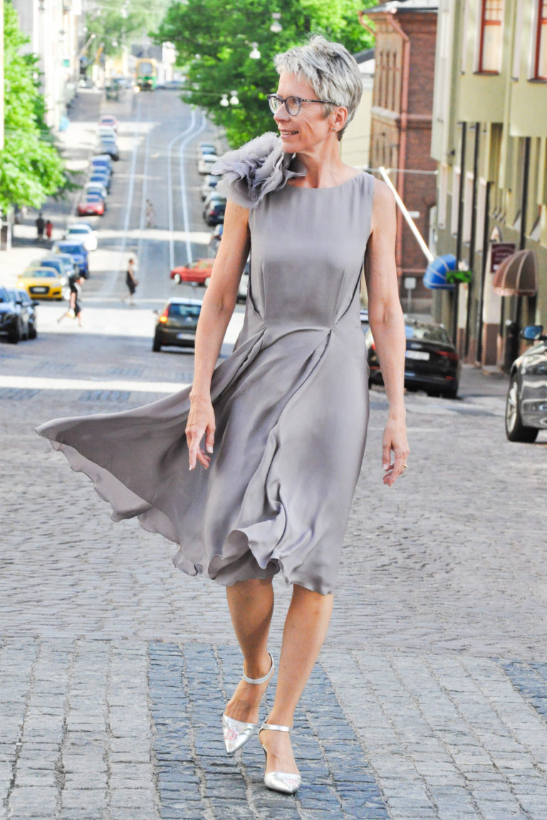 Grey silk dress Juulia Peuhkuri